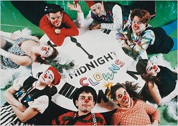 Os palhaços da ONG apresentam pela primeira vez o espetáculo Midnight Clowns no teatro Aliança Francesa Butantã, em São Paulo