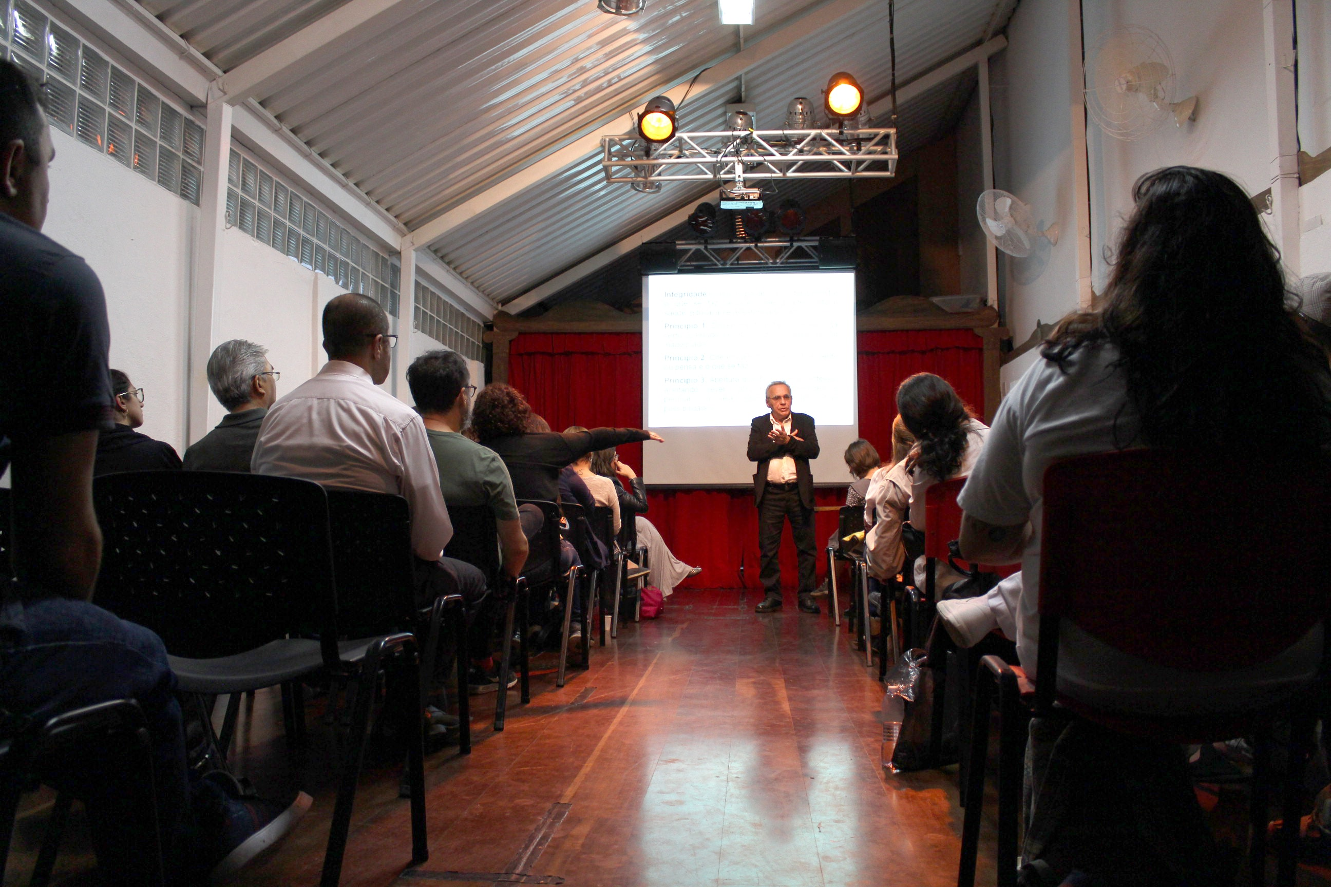 Última palestra do ano aborda arte, saúde e longevidade