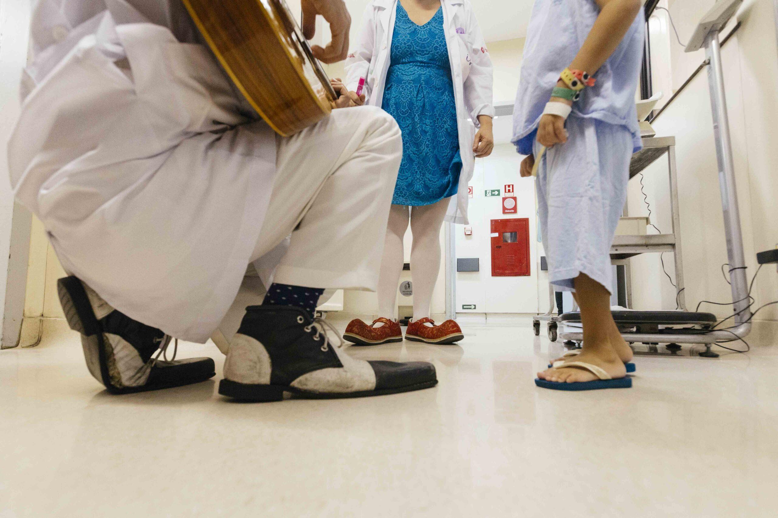 Como a sociedade pode saber o que fazemos dentro das enfermarias?